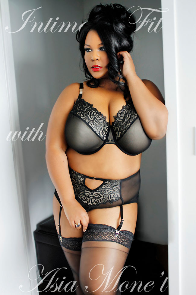 Asia Monet in the Creme Bralee Olivia bra review by Hurray for Lingerie
