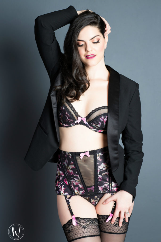 Kimmay wearing Gossard lingerie in Own Your Sexy Blog post