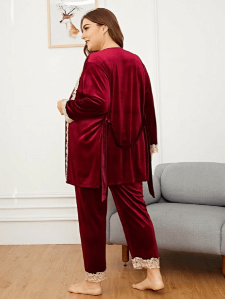 Kimmay shares some great robes to wear indoors and out & about on the Hurray Kimmay blog like this red velvet robe from Shein, perfect for the holiday season!